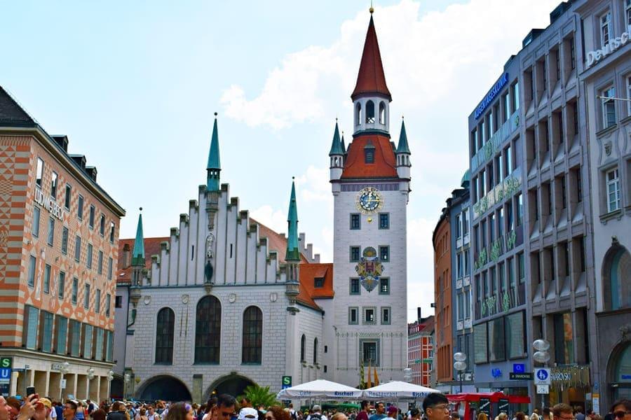 monaco-di-baviera-altes-rathaus-marienplatz-02 Monaco di Baviera: itinerario di tre giorni nella città dell'Oktoberfest