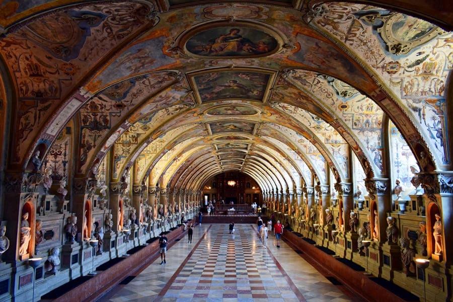 monaco-di-baviera-residenz-antiquarium-01 Monaco di Baviera: itinerario di tre giorni nella città dell'Oktoberfest