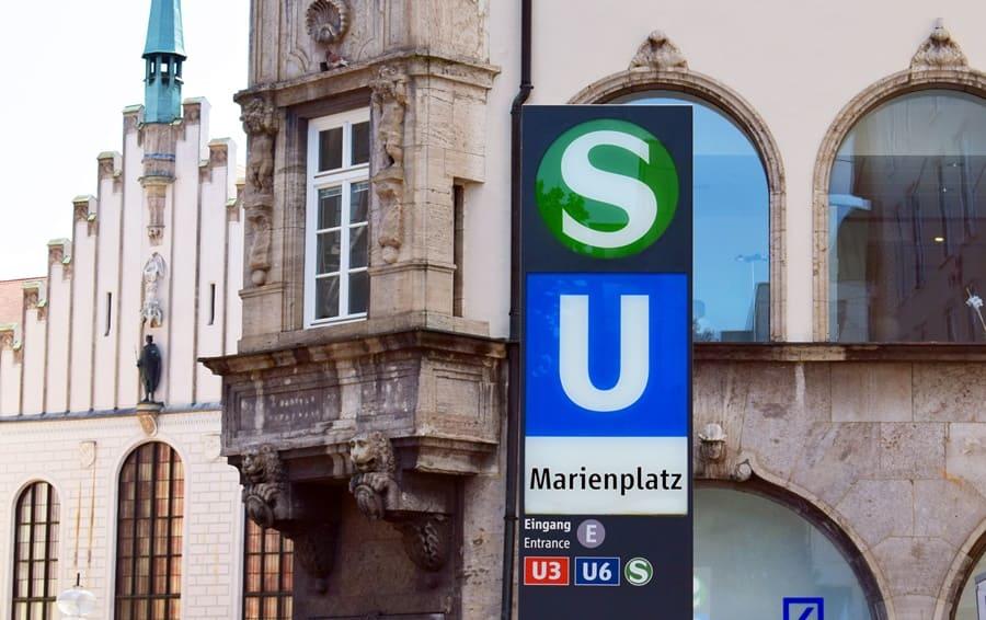 fermata-metropolitana-marienplatz-monaco-di-baviera-01 Come muoversi a Monaco di Baviera con i mezzi pubblici
