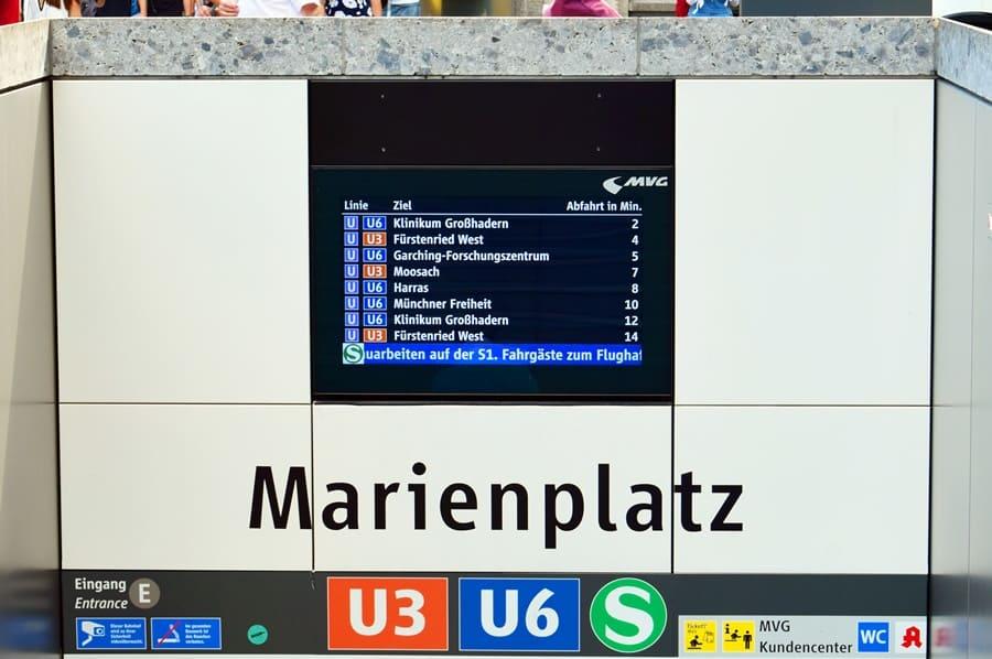 fermata-metropolitana-marienplatz-monaco-di-baviera-02 Come muoversi a Monaco di Baviera con i mezzi pubblici