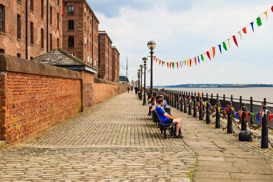 cosa-vedere-a-liverpool-albert-dock-merseyside Liverpool: un giorno nella città dei Beatles
