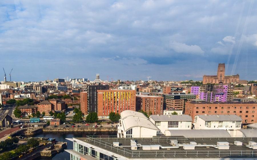 cosa-vedere-a-liverpool-albert-dock-ruota-panoramica-03 Liverpool: un giorno nella città dei Beatles