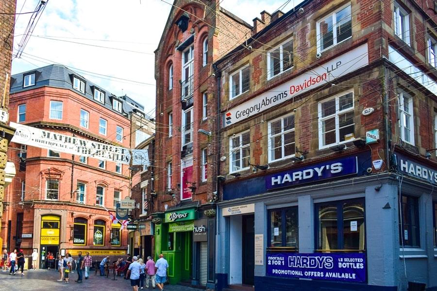 cosa-vedere-a-liverpool-mathew-street-beatles-03 Liverpool: un giorno nella città dei Beatles