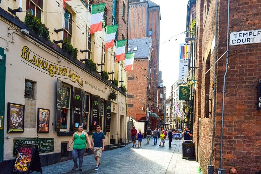 cosa-vedere-a-liverpool-mathew-street-beatles-04 Liverpool: un giorno nella città dei Beatles