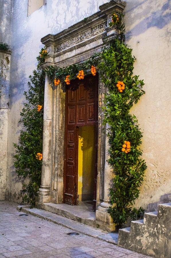 san-valentino-vico-del-gargano-chiesa-madre San Valentino a Vico del Gargano: la festa dell'amore e delle arance