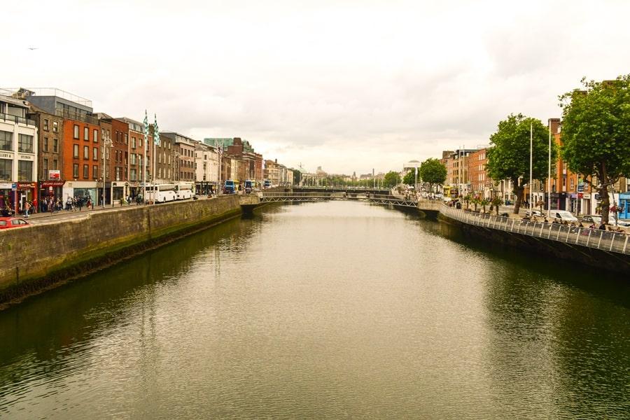 cosa-vedere-a-dublino-half-penny-bridge-02 Cosa vedere e fare a Dublino in tre giorni