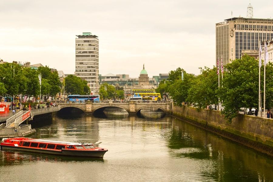 cosa-vedere-a-dublino-half-penny-bridge-03 Cosa vedere e fare a Dublino in tre giorni
