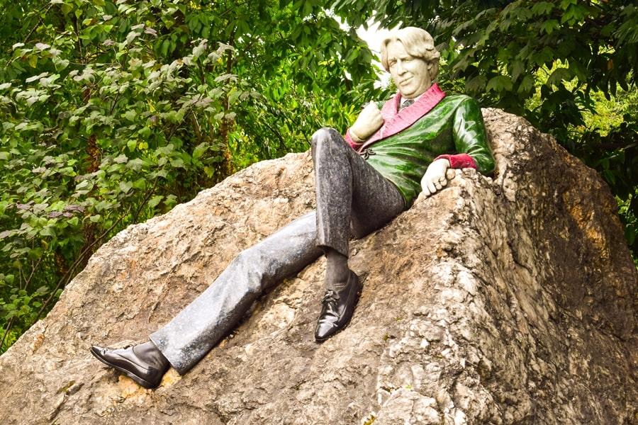 cosa-vedere-a-dublino-statua-oscar-wilde-01 Cosa vedere e fare a Dublino in tre giorni