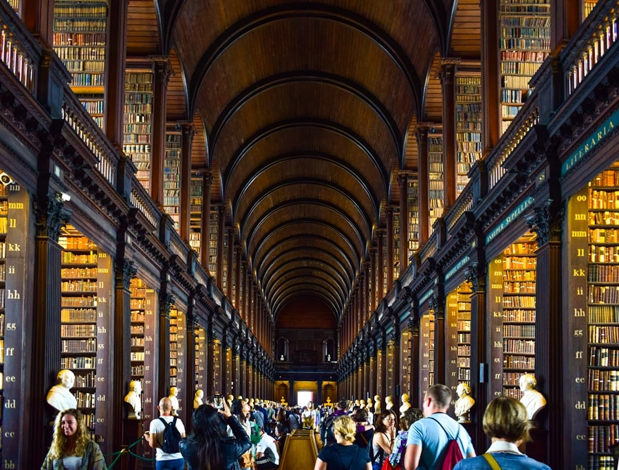 cosa-vedere-a-dublino-trinity-college-old-library-01 Cosa vedere e fare a Dublino in tre giorni