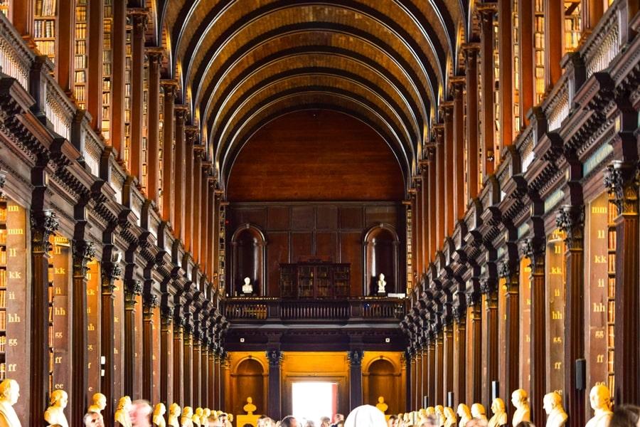 cosa-vedere-a-dublino-trinity-college-old-library-02 Cosa vedere e fare a Dublino in tre giorni
