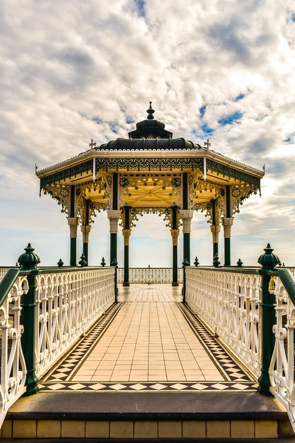 cosa-vedere-a-brighton-inghilterra-the-brighton-bandstand-02 Cosa vedere a Brighton in un giorno, la più famosa città balneare inglese