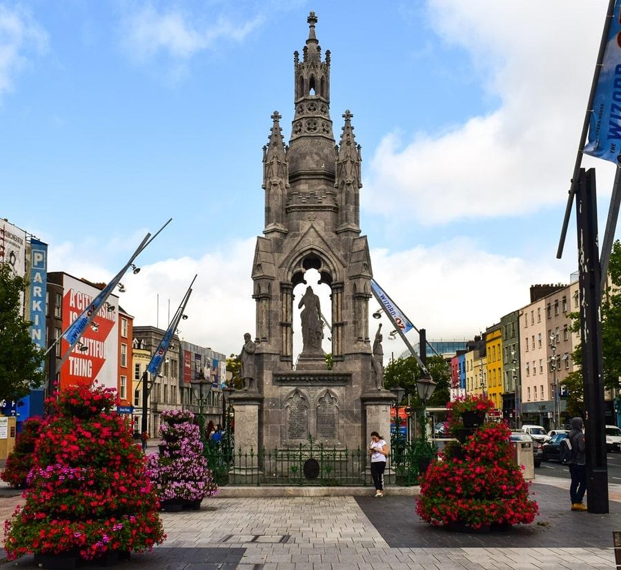cosa-vedere-a-cork-irlanda-national-monument-01 Cosa vedere nel sud dell'Irlanda: la città di Cork