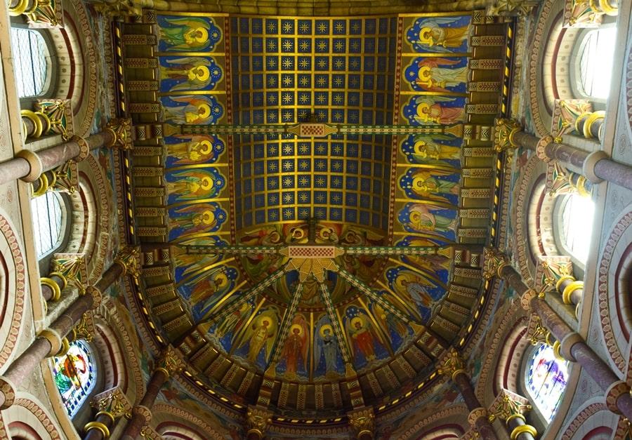 cosa-vedere-a-cork-irlanda-st-fin-barres-cathedral-09 Cosa vedere nel sud dell'Irlanda: la città di Cork