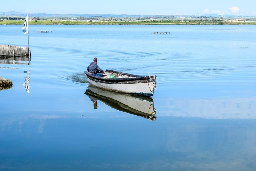 lago-di-lesina-pesca-01 Gargano: cosa vedere sul Lago di Lesina e dintorni