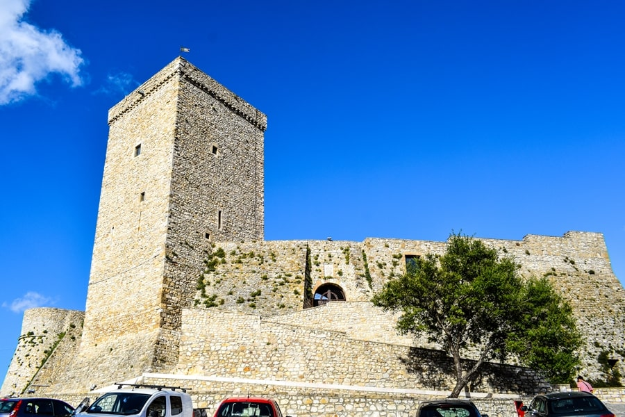 castello-deliceto-monti-dauni-posti-da-vedere-in-puglia-01 Itinerario tra i borghi dei Monti Dauni: una Puglia tutta da scoprire!