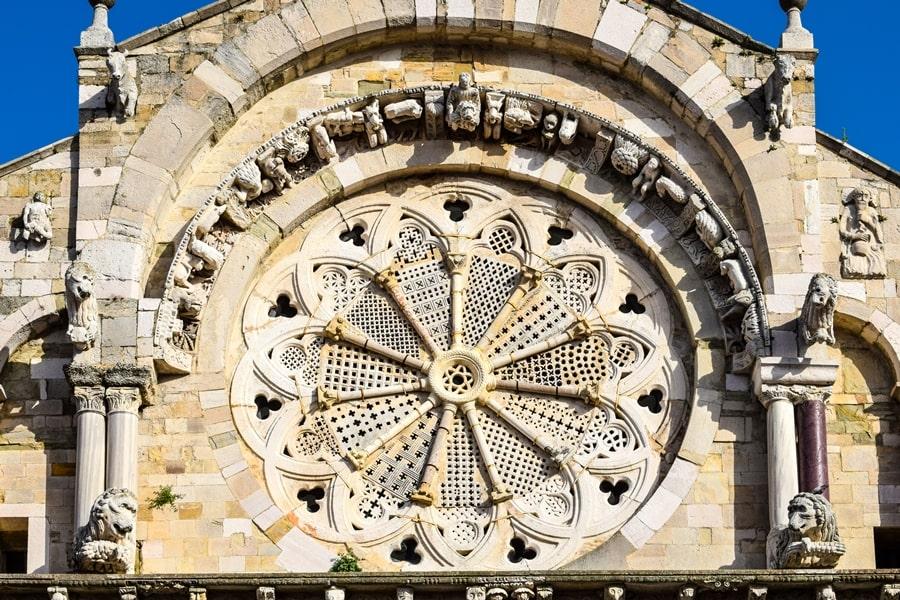cattedrale-troia-monti-dauni-posti-da-vedere-in-puglia-02 Itinerario tra i borghi dei Monti Dauni: una Puglia tutta da scoprire!