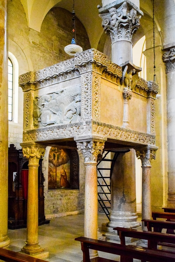 cattedrale-troia-monti-dauni-posti-da-vedere-in-puglia-05 Itinerario tra i borghi dei Monti Dauni: una Puglia tutta da scoprire!