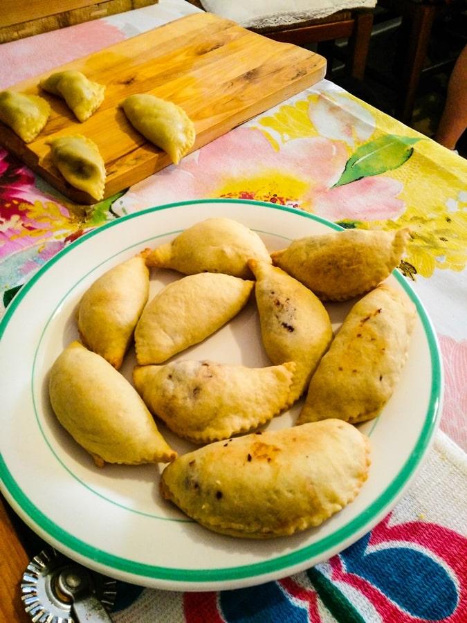 cosa-fare-a-conversano-laboratorio-cucina-pastatelle-marmellata-ciliegie-01 Posti da visitare in Puglia: Conversano e dintorni