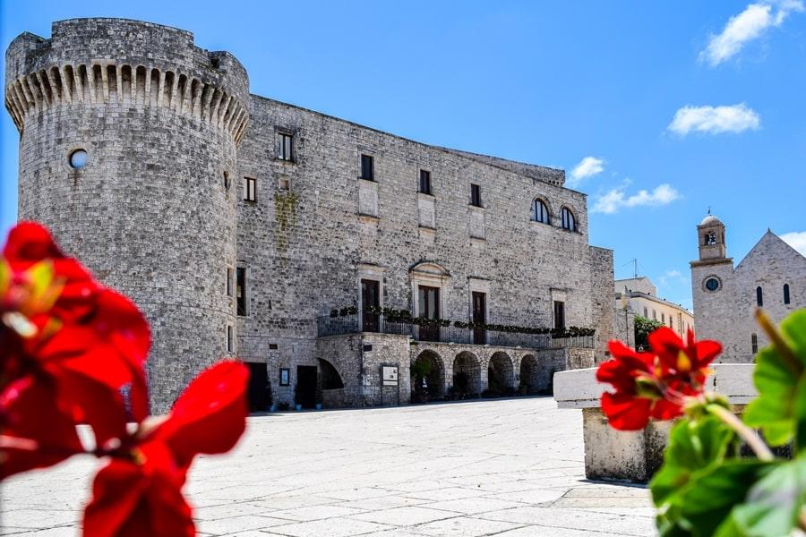 cosa-vedere-a-conversano-castello-aragonese-01 Posti da visitare in Puglia: Conversano e dintorni