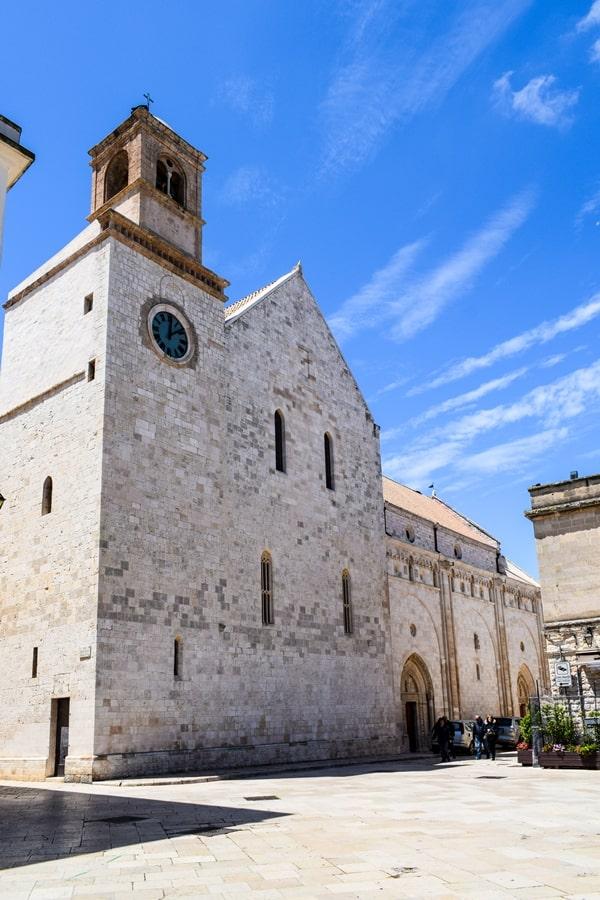 cosa-vedere-a-conversano-cattedrale-01 Posti da visitare in Puglia: Conversano e dintorni