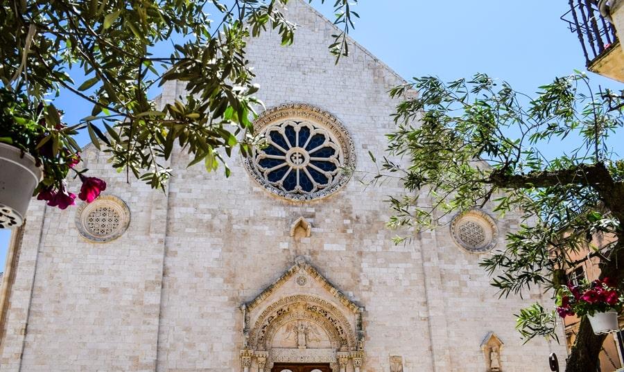 cosa-vedere-a-conversano-cattedrale-03 Posti da visitare in Puglia: Conversano e dintorni