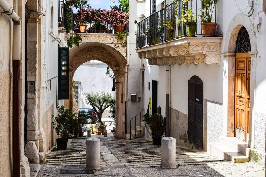 cosa-vedere-a-conversano-centro-storico-04 Posti da visitare in Puglia: Conversano e dintorni