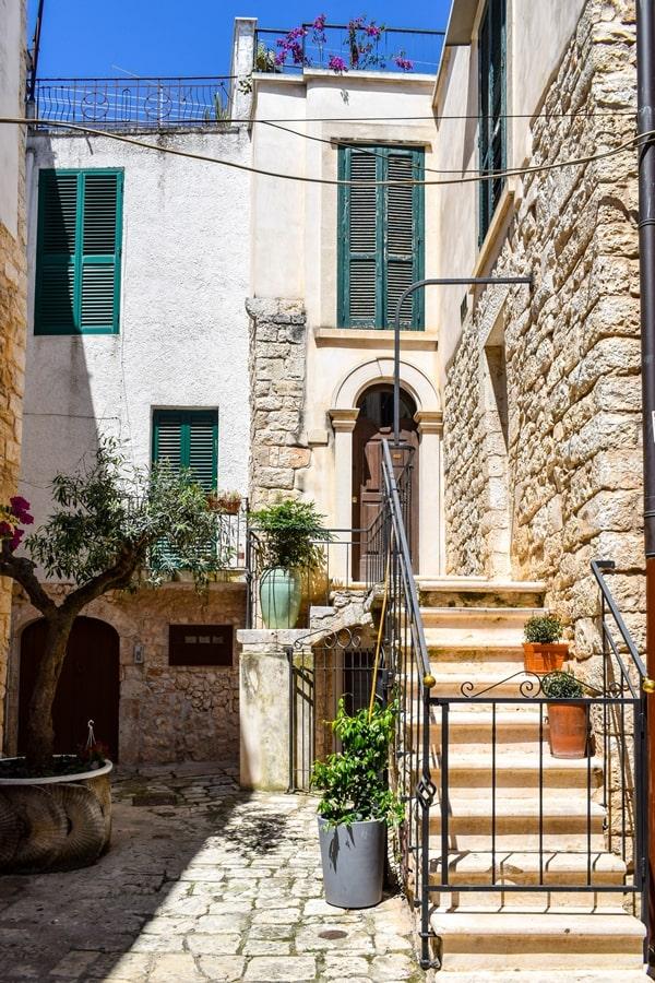 cosa-vedere-a-conversano-centro-storico-06 Posti da visitare in Puglia: Conversano e dintorni