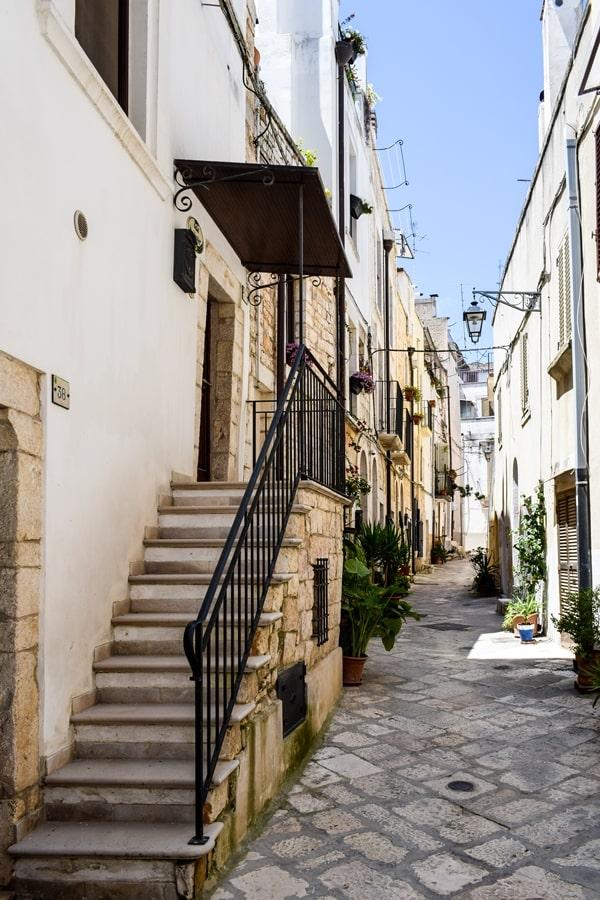 cosa-vedere-a-conversano-centro-storico-07 Posti da visitare in Puglia: Conversano e dintorni