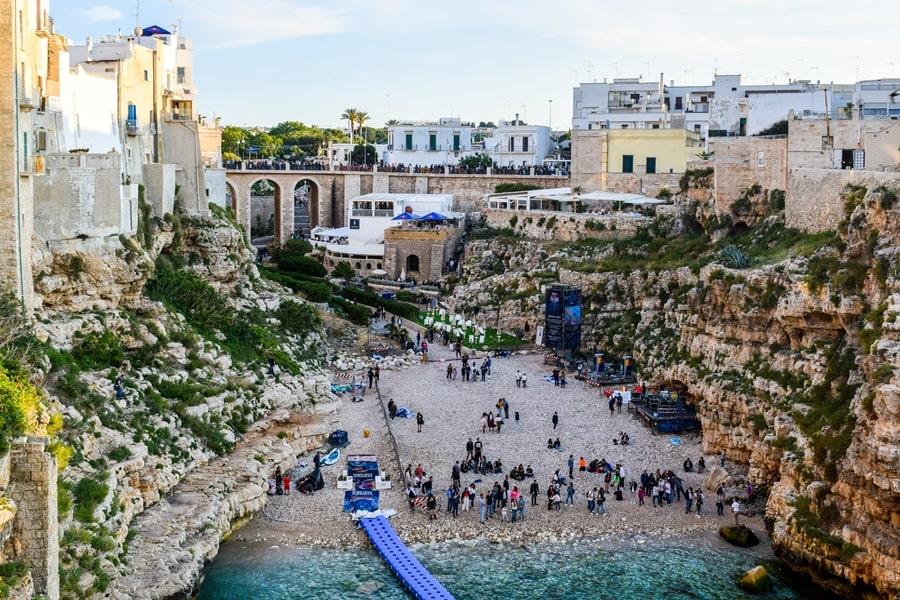 posti-da-vedere-in-puglia-polignano-a-mare-02 Posti da visitare in Puglia: Conversano e dintorni