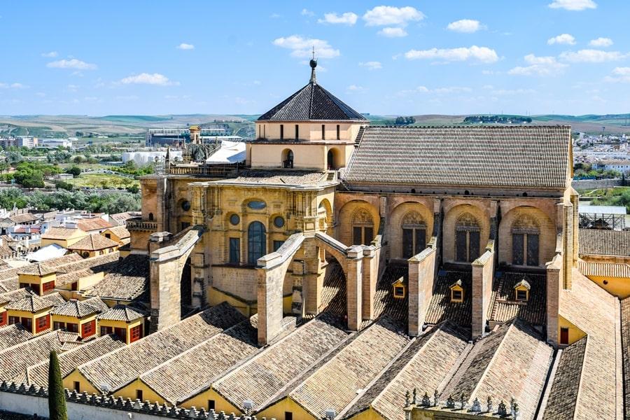 cosa-vedere-a-cordoba-un-giorno-panorama-torre-campanaria-mezquita-andalusia-spagna-01 Cordoba: cosa vedere in 24 ore, dove mangiare e dormire