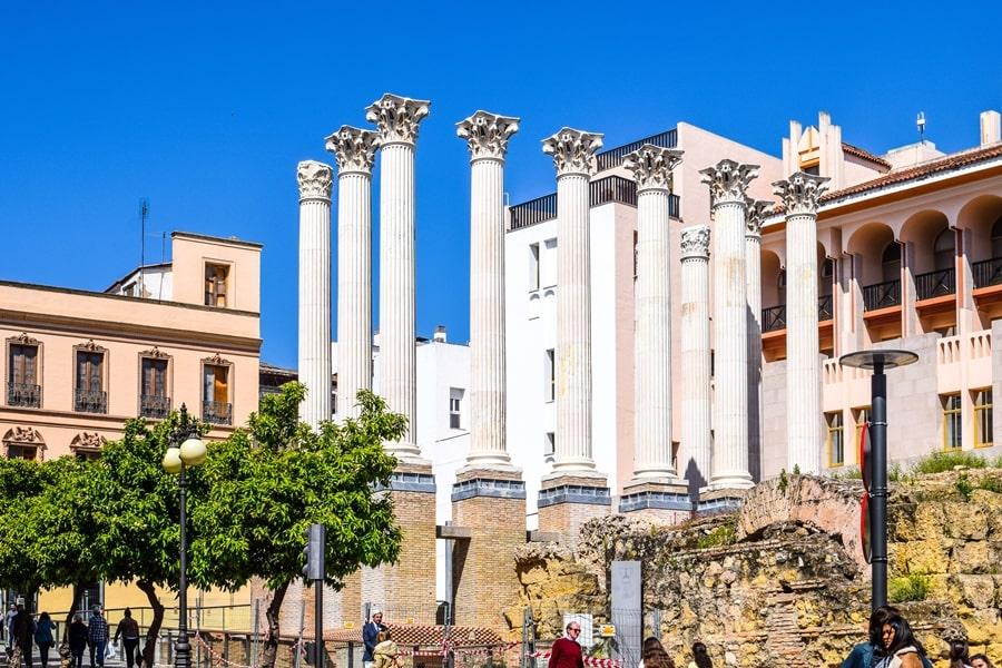 cosa-vedere-a-cordoba-un-giorno-tempio-romano-andalusia-spagna-01 Cordoba: cosa vedere in 24 ore, dove mangiare e dormire
