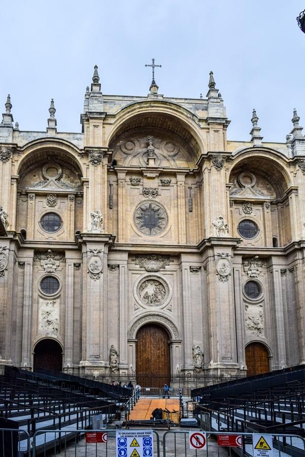 cosa-vedere-a-granada-due-giorni-cattedrale-di-granada-01 Granada: cosa vedere in due giorni nella città dell'Alhambra