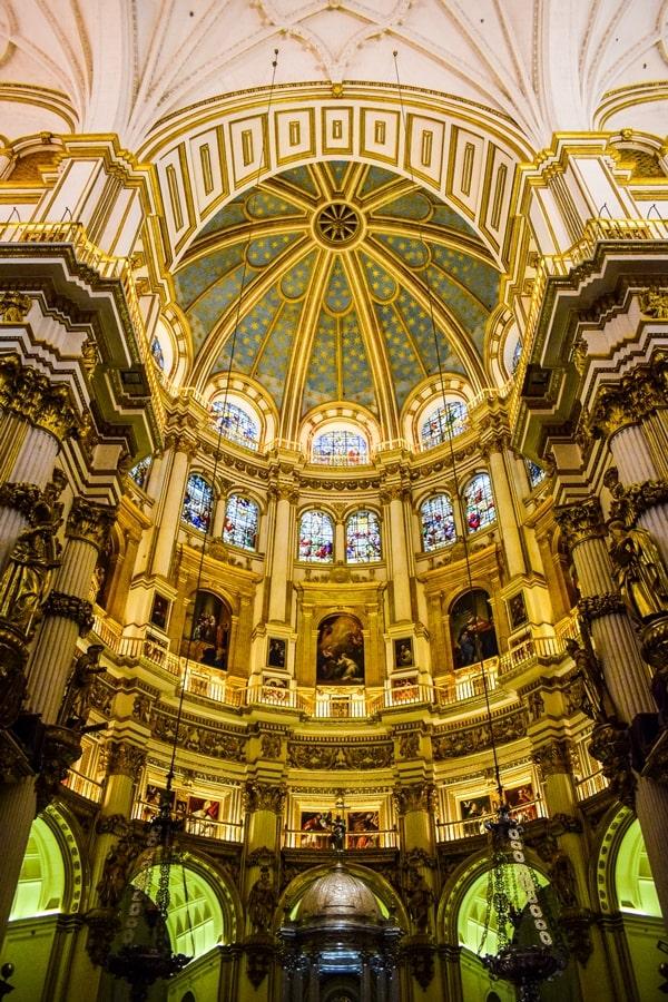 cosa-vedere-a-granada-due-giorni-cattedrale-di-granada-03 Granada: cosa vedere in due giorni nella città dell'Alhambra