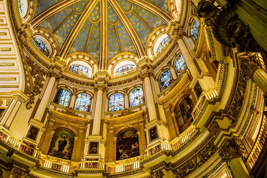 cosa-vedere-a-granada-due-giorni-cattedrale-di-granada-04 Granada: cosa vedere in due giorni nella città dell'Alhambra