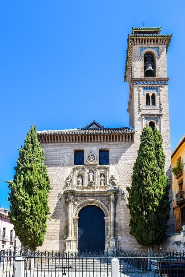 cosa-vedere-a-granada-due-giorni-iglesia-de-santa-ana Granada: cosa vedere in due giorni nella città dell'Alhambra