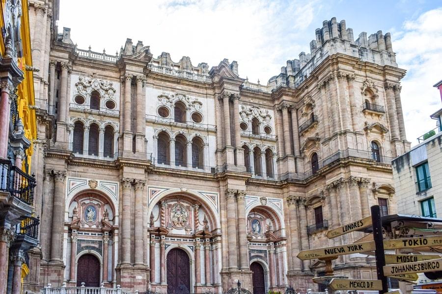 cosa-vedere-a-malaga-cattedrale-di-malaga-andalusia-tour-spagna-01 Cosa vedere a Malaga in un giorno