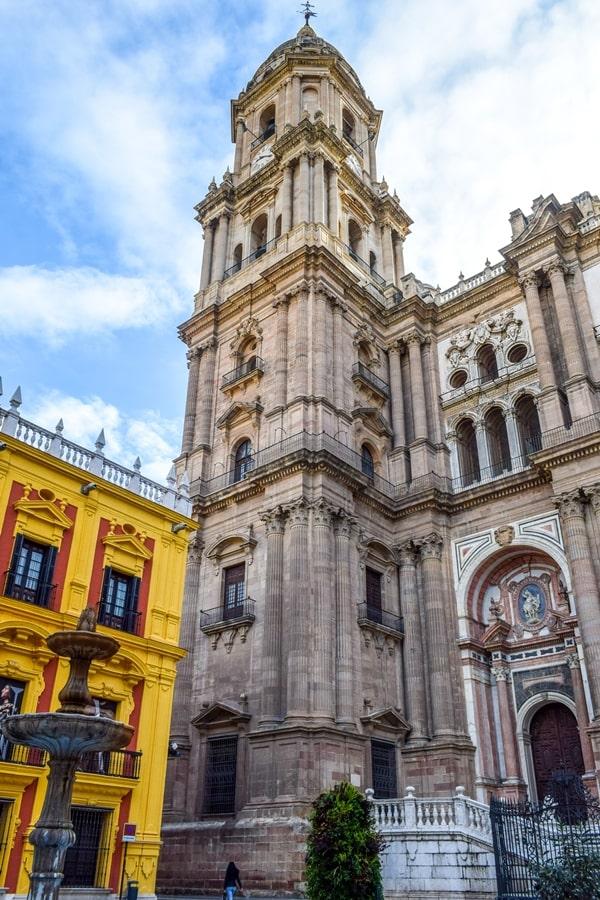 cosa-vedere-a-malaga-cattedrale-di-malaga-andalusia-tour-spagna-02 Cosa vedere a Malaga in un giorno