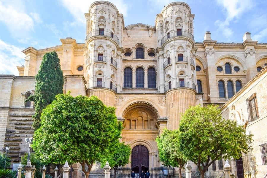 cosa-vedere-a-malaga-cattedrale-di-malaga-andalusia-tour-spagna-03 Cosa vedere a Malaga in un giorno