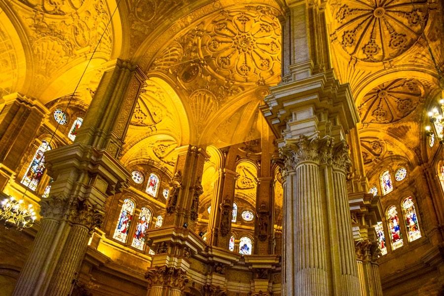 cosa-vedere-a-malaga-cattedrale-di-malaga-andalusia-tour-spagna-06 Cosa vedere a Malaga in un giorno