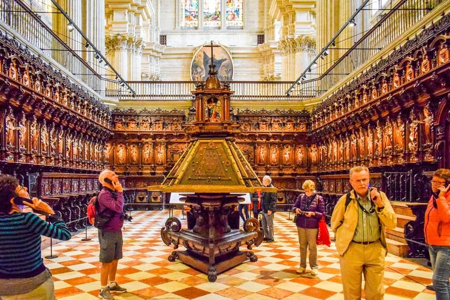 cosa-vedere-a-malaga-cattedrale-di-malaga-andalusia-tour-spagna-08 Cosa vedere a Malaga in un giorno