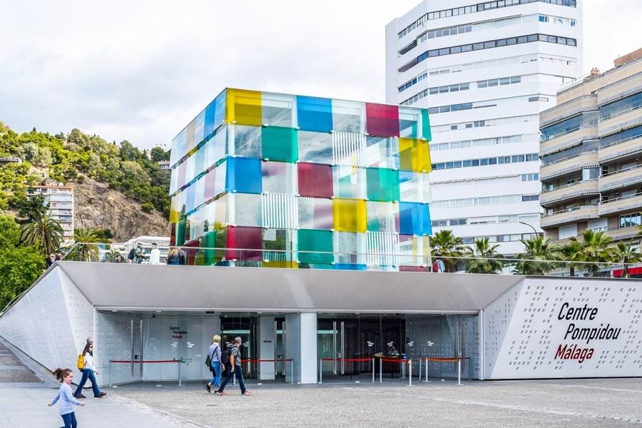 cosa-vedere-a-malaga-muelle-uno-porto-malaga-centre-pompidou-andalusia-tour-spagna-01 Cosa vedere a Malaga in un giorno