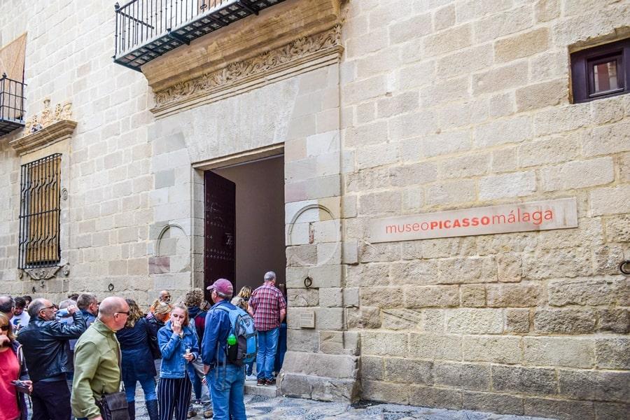 cosa-vedere-a-malaga-museo-picasso-malaga-andalusia-tour-spagna-01 Cosa vedere a Malaga in un giorno