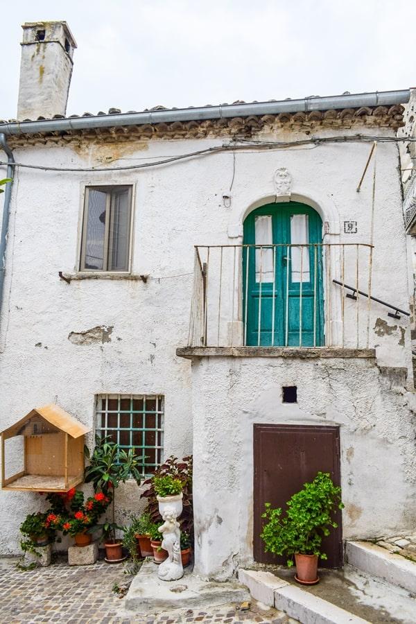 borghi-dei-monti-dauni-castelluccio-valmaggiore-puglia-01 La Puglia che non ti aspetti: Biccari e i borghi dei Monti Dauni