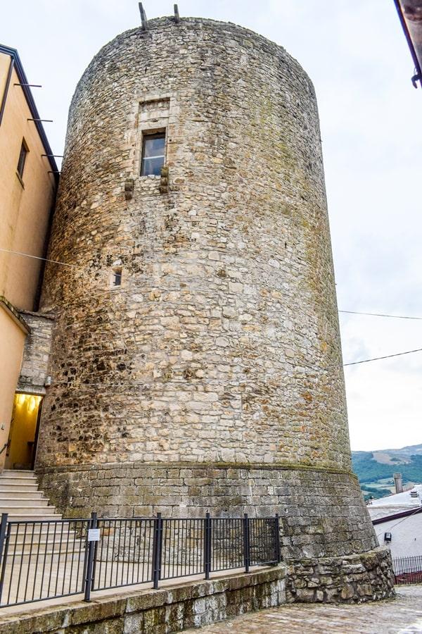 borghi-dei-monti-dauni-castelluccio-valmaggiore-puglia-07 La Puglia che non ti aspetti: Biccari e i borghi dei Monti Dauni
