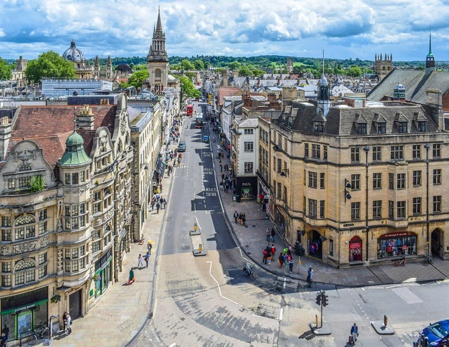 cosa-vedere-a-oxford-carfax-tower-inghilterra-regno-unito-03 Cosa vedere a Oxford, itinerario di un giorno da Londra
