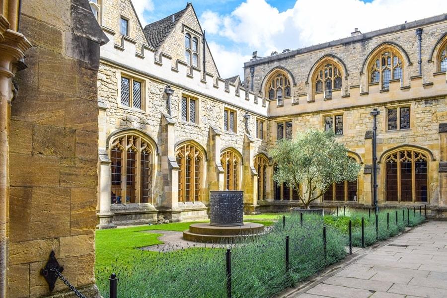 cosa-vedere-a-oxford-christ-church-college-cathedral-inghilterra-regno-unito-06 Cosa vedere a Oxford, itinerario di un giorno da Londra