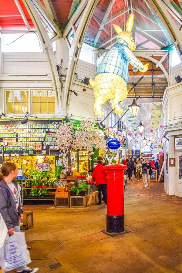 cosa-vedere-a-oxford-covered-market-inghilterra-regno-unito-06 Cosa vedere a Oxford, itinerario di un giorno da Londra