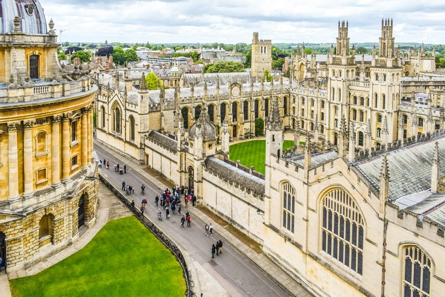 cosa-vedere-a-oxford-university-panorama-church-of-st-mary-the-virgin-inghilterra-regno-unito-01 Cosa vedere a Oxford, itinerario di un giorno da Londra