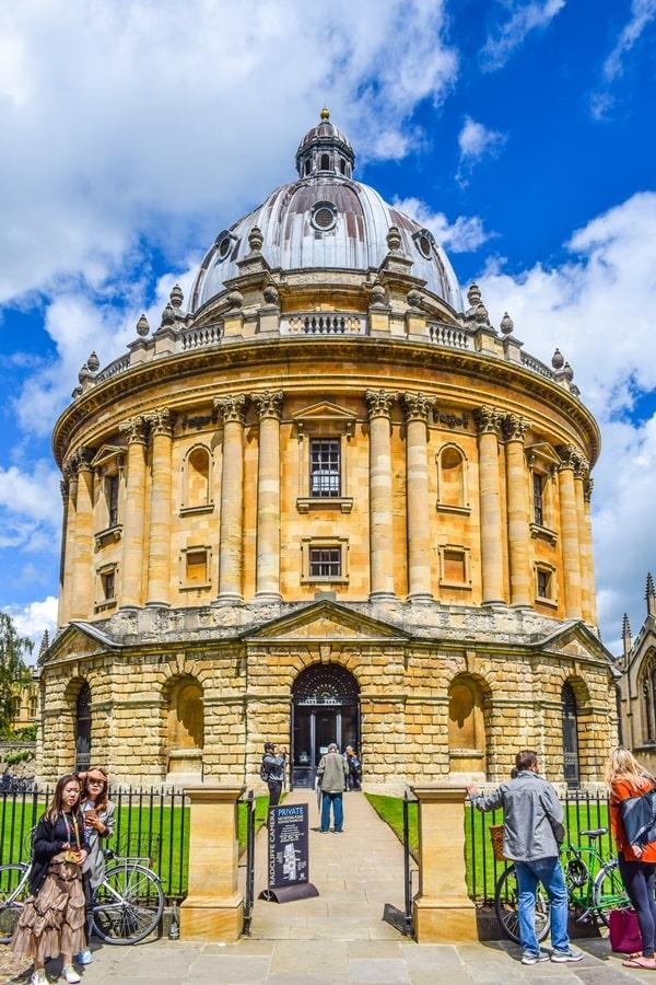 cosa-vedere-a-oxford-university-radcliffe-camera-inghilterra-regno-unito Cosa vedere a Oxford, itinerario di un giorno da Londra