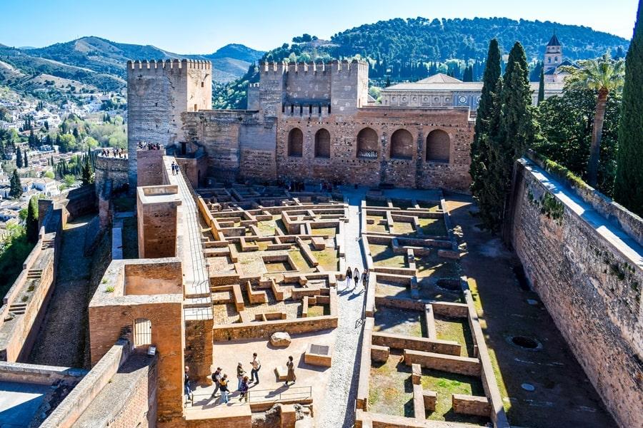 alhambra-granada-alcazaba-02 L'Alhambra di Granada: tutte le informazioni sulla visita e i biglietti